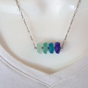 Sterling silver recycled glass necklace